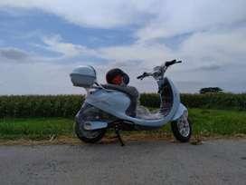 Sepeda listrik uwinfly tipe Sunny