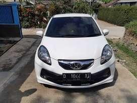 Jual mobil honda brio E satya 2015 warna putih Bandung