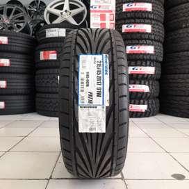 Ready, ban 215/45 R17 toyo tires proxes T1R, b/utk city BMW mercy