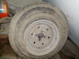 Riksha tyre for sale