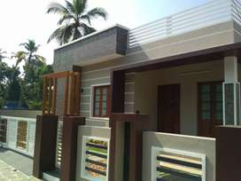 3 bhk 1100 sqft 4.25 cent new build at varapuzha near thathapally