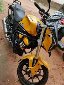 Well maintained mahindra mojo for sale