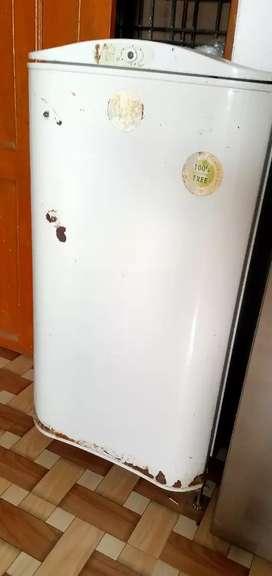 Godrej white colour fridge