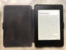 Used Kindle Paperwhite Wifi With Cover