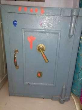 Antique Safe ,very rare nd old model