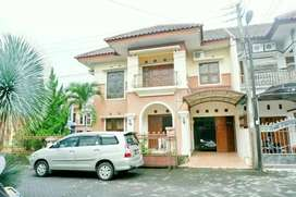 Jual Cepat Rumah Mewah Hook 2 Muka Dekat Amikom di Condongcatur