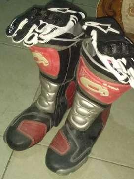 sepatu,sarung tangan balap