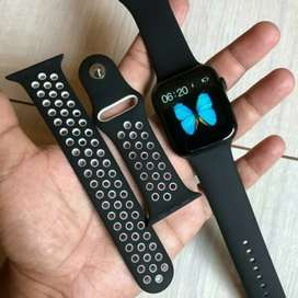 Refurbished Series 5 smartwatch CASH ON DELIVERY price negotiable