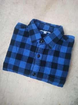 Kemeja Flannel Uniqlo M biru kotak hitam