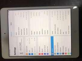 Ipad Mini 2, 16G, wifi + cell, white