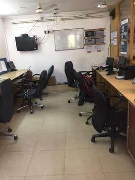 600sqft fully furnishd office for rent in chakrata road