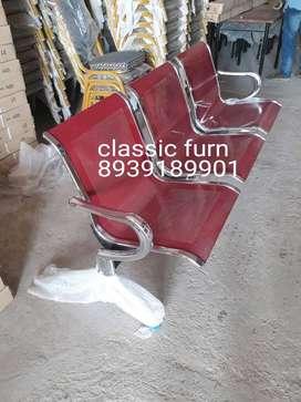 bran dnew comfortable airport chair