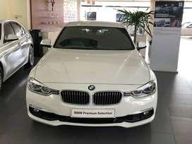BMW 320i Luxury Certified Used Car