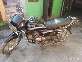 Good condition bike splendar+ one hand drive no screcth