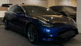 Tesla model 3 second like new