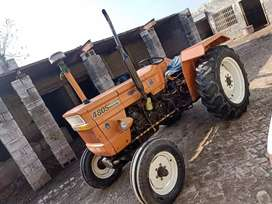 Tractor for urgent sale