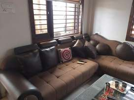 Super Luxurious Fully Furnished House 4 Sale Nr.Big Bazzar-J.J.ESTATE