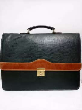 Green Leather Cool Hand Bag