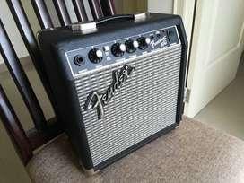 Guitar Amplifier - Fender