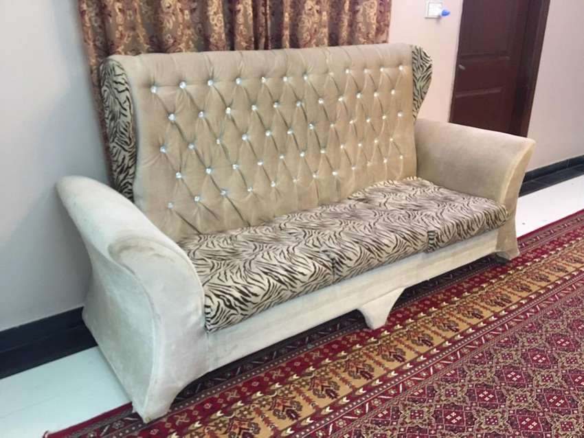 Five seater sofa set 0
