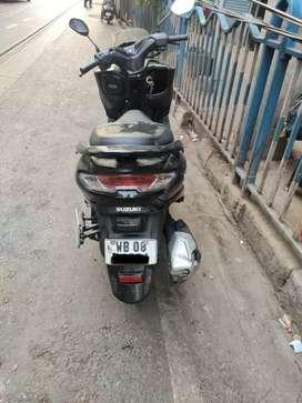 Suzuki Burgman Street matte Black