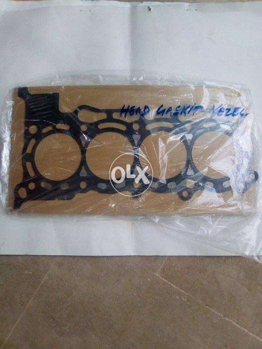 Honda vezel (ru3 -ru4) engine Head Gaskit super genuine 0