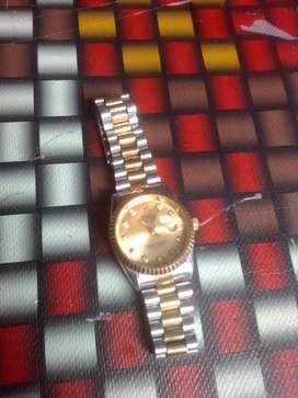 Rolex warna gold