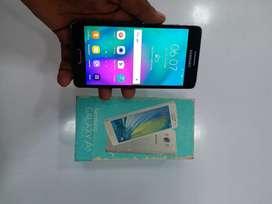 Samsung A5 (2gb/16gb). good condition .all accessories.