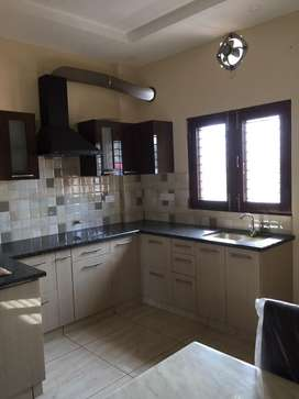 Direct Owner  2bhk floor Gms road for family.