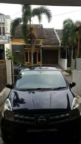 Nissan Grand Livina MT 2007