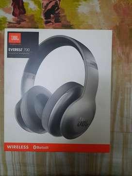 JBL Everest 700 Bluetooth Headphones