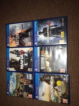 Ps4 games in good conditions.