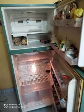 300 litre dawoo fridge in good condition for sale for 12000 only