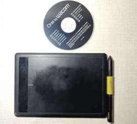 Wacom One Drawing Tablet with Pen