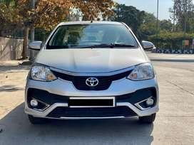 Toyota Etios Cross 1.5 V, 2017, Petrol