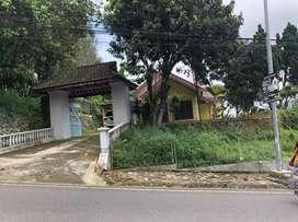 Villa raya trawas dekat puncak bukit arah mojosari tretes