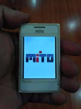 Hp Mito 600 mini TV dalam genggaman