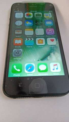 Iphone 5 16gb nice looking and working