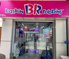 Counter Sales person for ice cream parlour