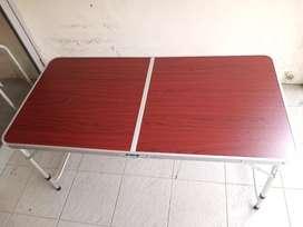 Meja Alumunium Lipat Serbaguna