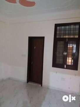 *Builder Floor of 3BHK For Sale in Laxman Vihar Phase _2 Gurgoan. %