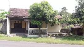 Rumah mangku jln dpu karangdowo pedan