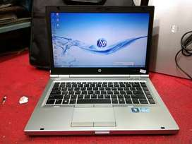 HP CORE i5 3rd GEN 4gb 320gb 14inch laptop rs.12000