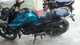 Yamaha fz blue colour