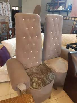 Bedroom chairs set