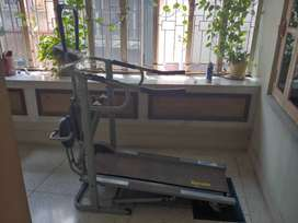 4 in 1 Manual Treadmill at decent condition