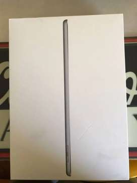 BNIB Ipad 7 32GB Gray Wifi Only iBox COD