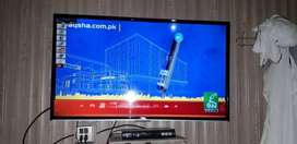 TCL 40 inch full option samrt TV wifi