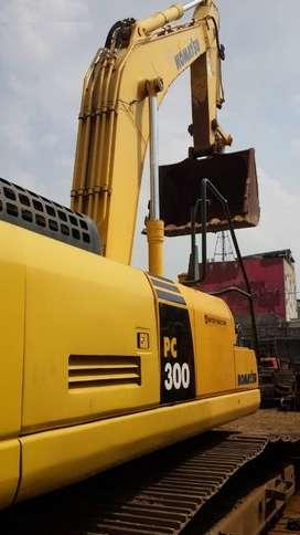Jual Alat Berat Excavator Komatsu model PC300-8 tahun 2013