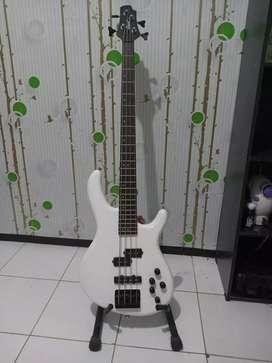 bass gitar cort action pickup aktif muluss siap tempur